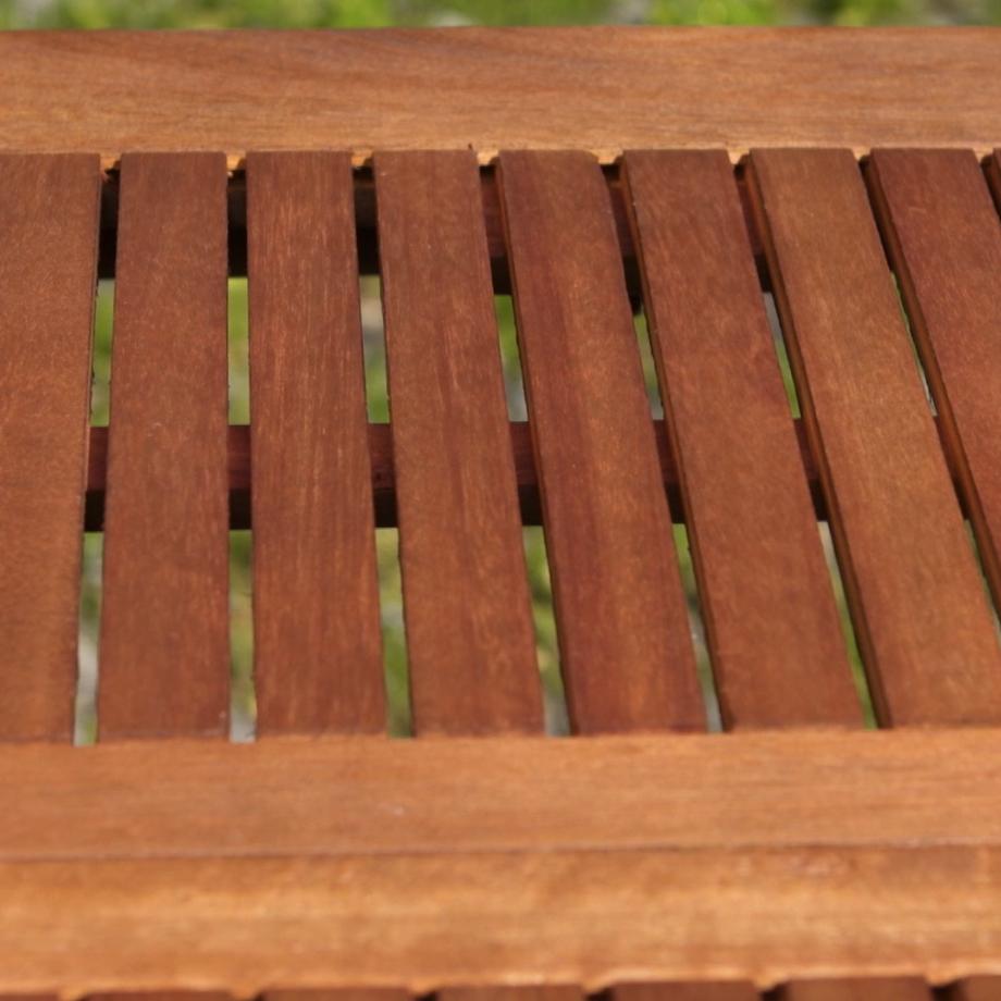 Rinnovare gli arredi da giardino ottenendo un effetto naturale